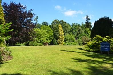 Prestwood Lawn